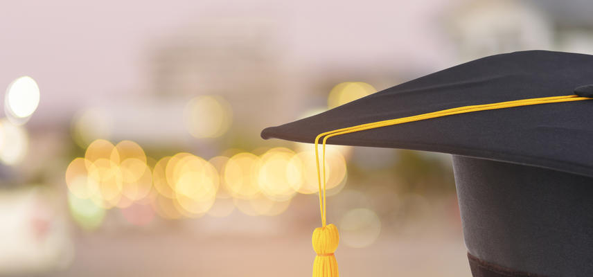 istock 951149042 alumni